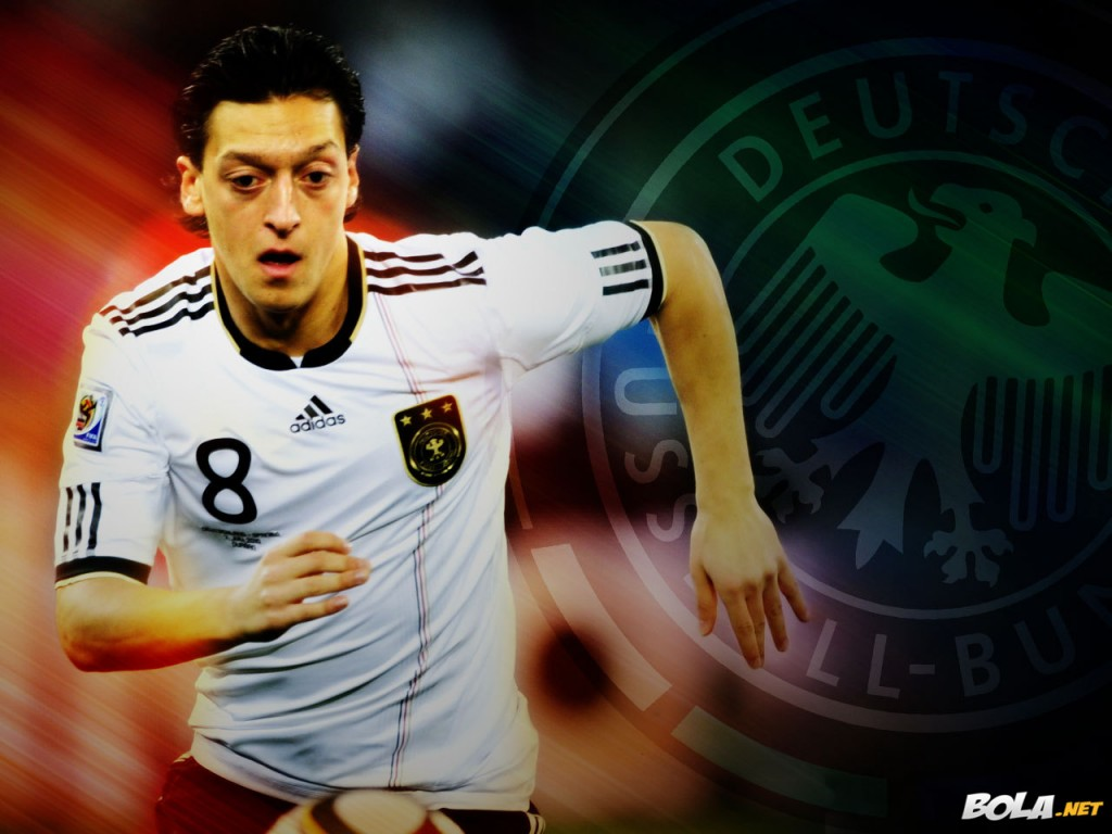 Mesut Ozil HD Wallpapers 2013