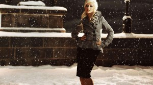Christina Aguilera Snow HD Wallpaper