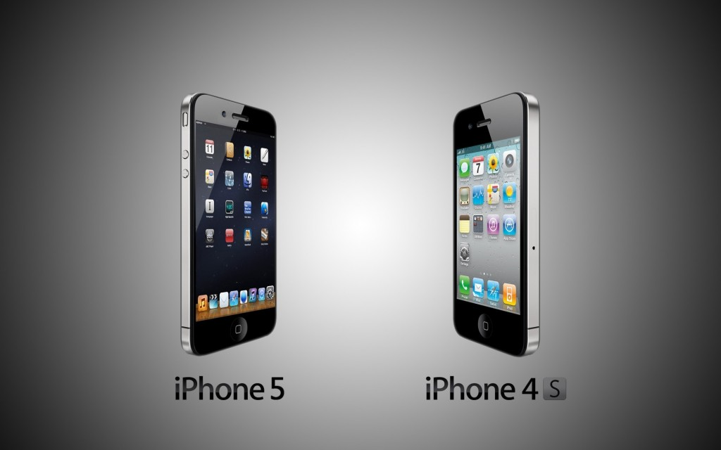 Iphone 5 Vs Iphone 4s HD Wallpaper