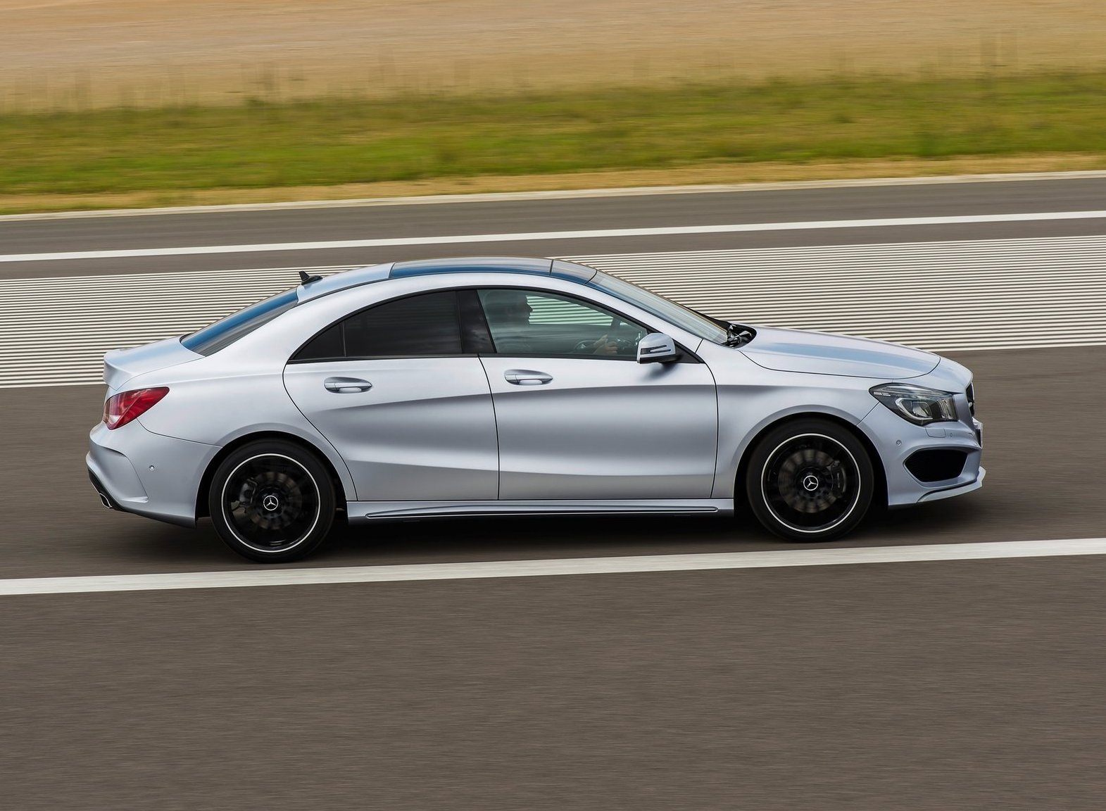 Mercedes benz cla class 2014 wallpapers for 2014 mercedes benz cla class
