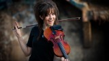 Lindsey Stirling 2013 Wallpaper 1366x768