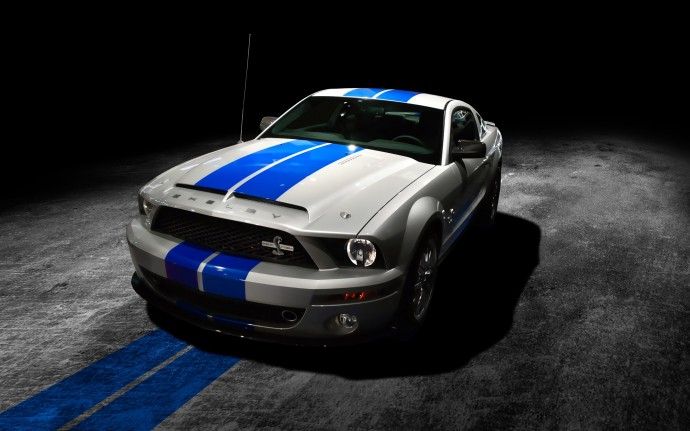 Exclusive Ford Mustang Shelby 2013 Wallpaper