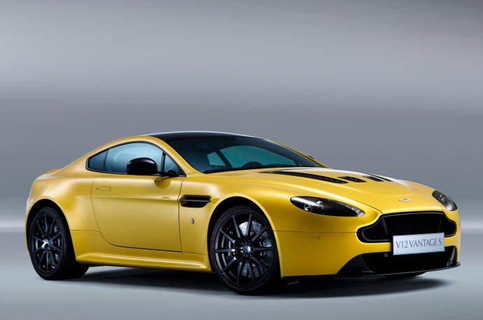 2015 Aston Martin V12 Vantage S Wallpaper