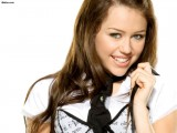 Download Miley Cyrus Wallpapers