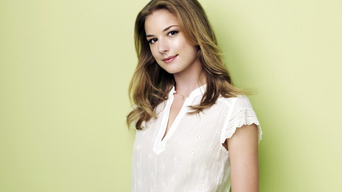 Emily VanCamp Wallpaper 1920x1080