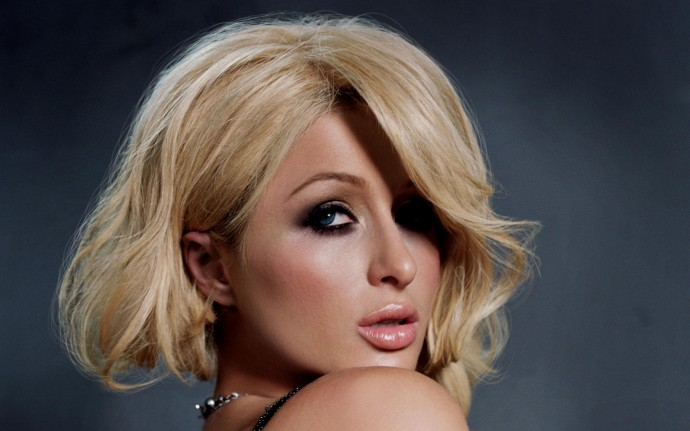 Paris Hilton Desktop Wallpapers