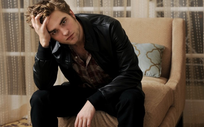 Robert Pattinson Cool HD Wallpaper