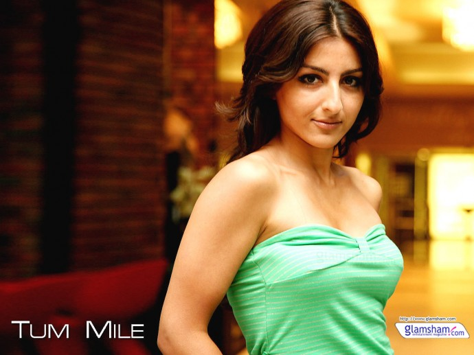 Soha Ali Khan Sexy Wallpaper