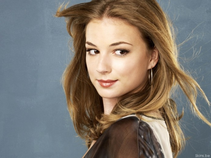 Wallpapers Emily VanCamp 2013