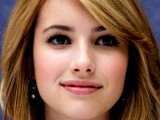Actress Emma Roberts Wallpaper