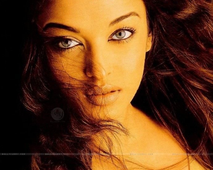 Aishwarya Rai Desktop Wallpaper