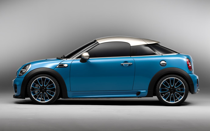 Blue Mini Cooper Luxury Car Wallpaper