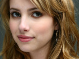 Celebrity Emma Roberts Wallpaper