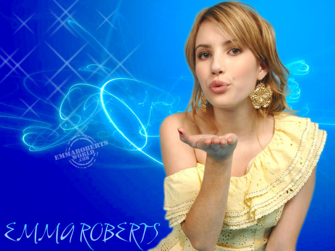 Emma Roberts Widescreen Wallpaper