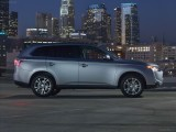 Mitsubishi Outlander 2014 Wallpaper HD