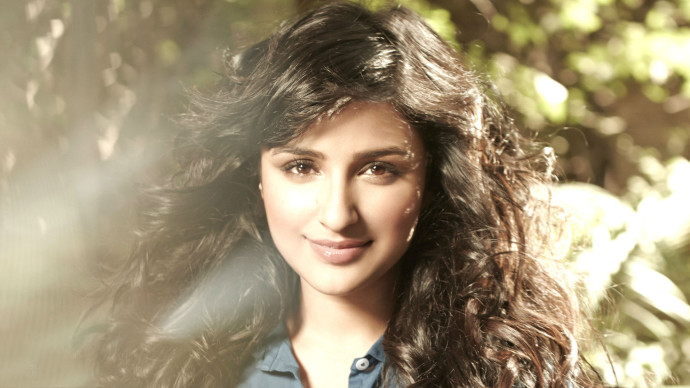 Parineeti Chopra Photo HD Wallpaper