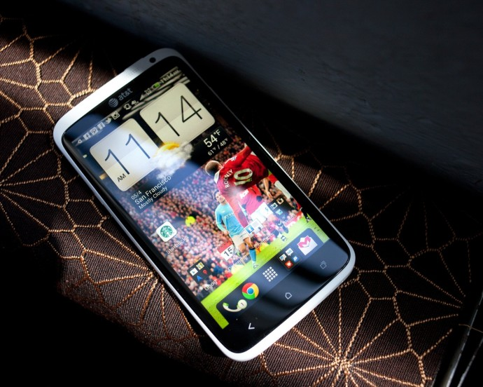 HTC One X Wallpapers