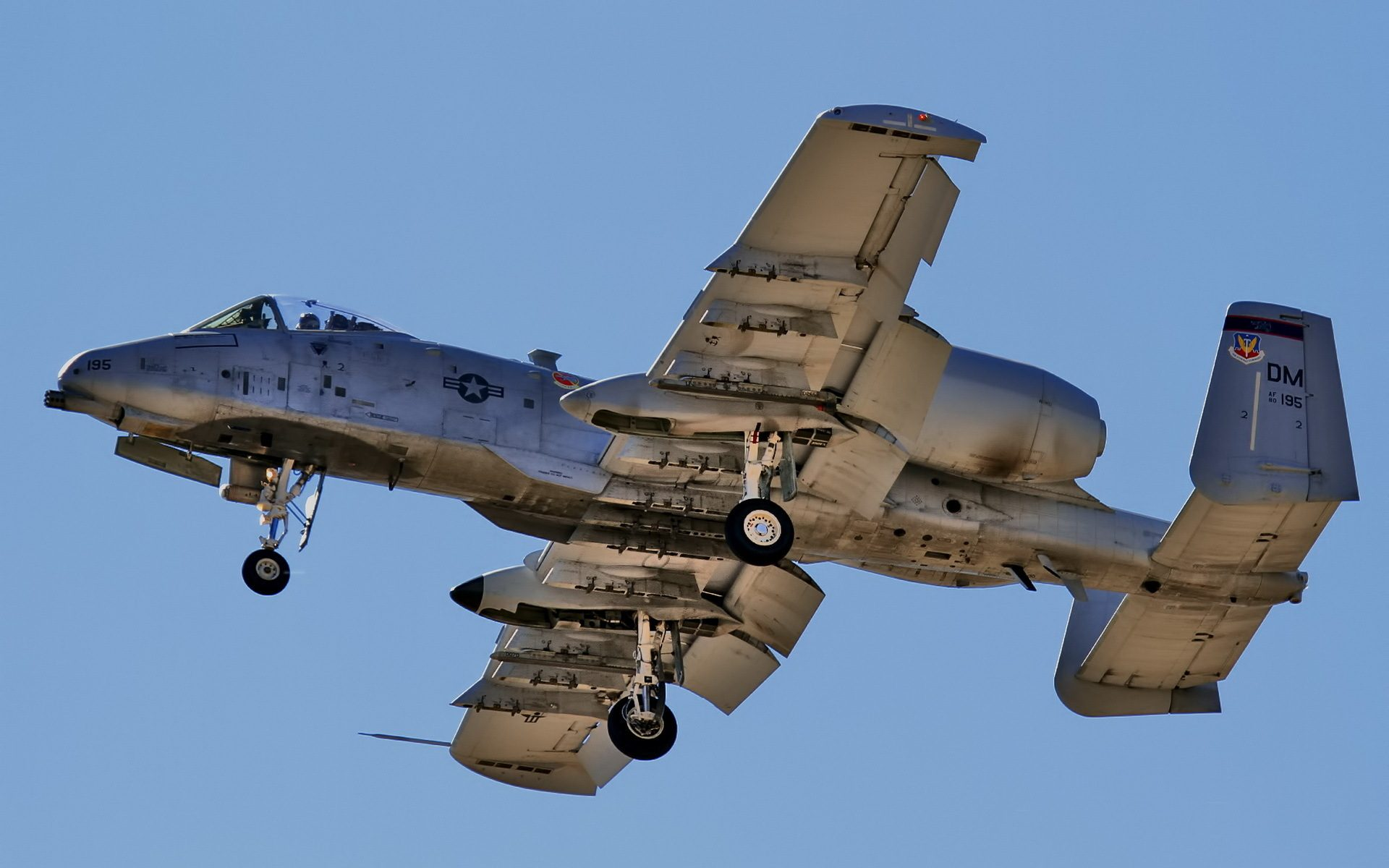 High resolution desktop wallpaper of A-10 Thunderbolt ...