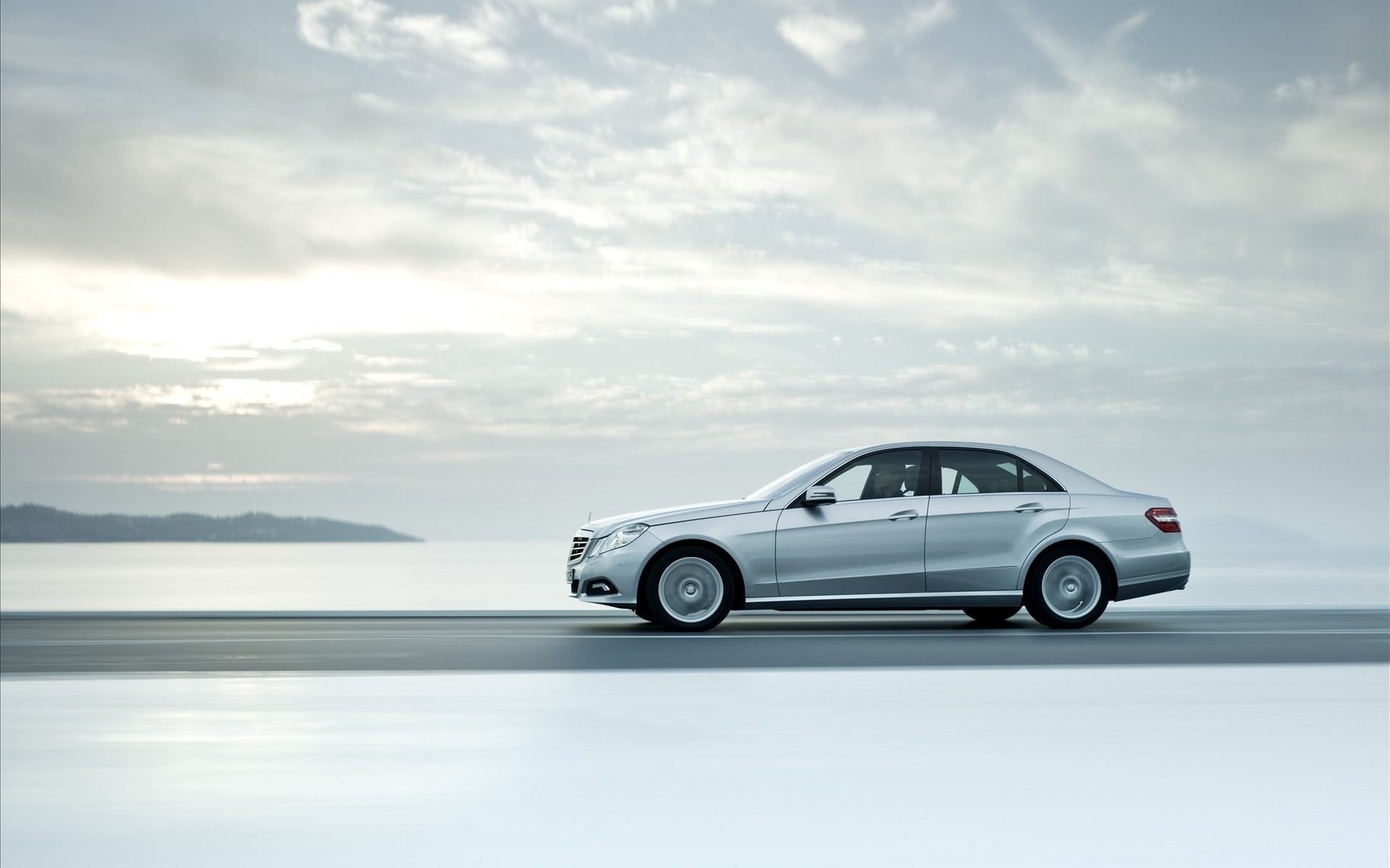 Nice photo of mercedes benz e class picture of auto for Nice mercedes benz