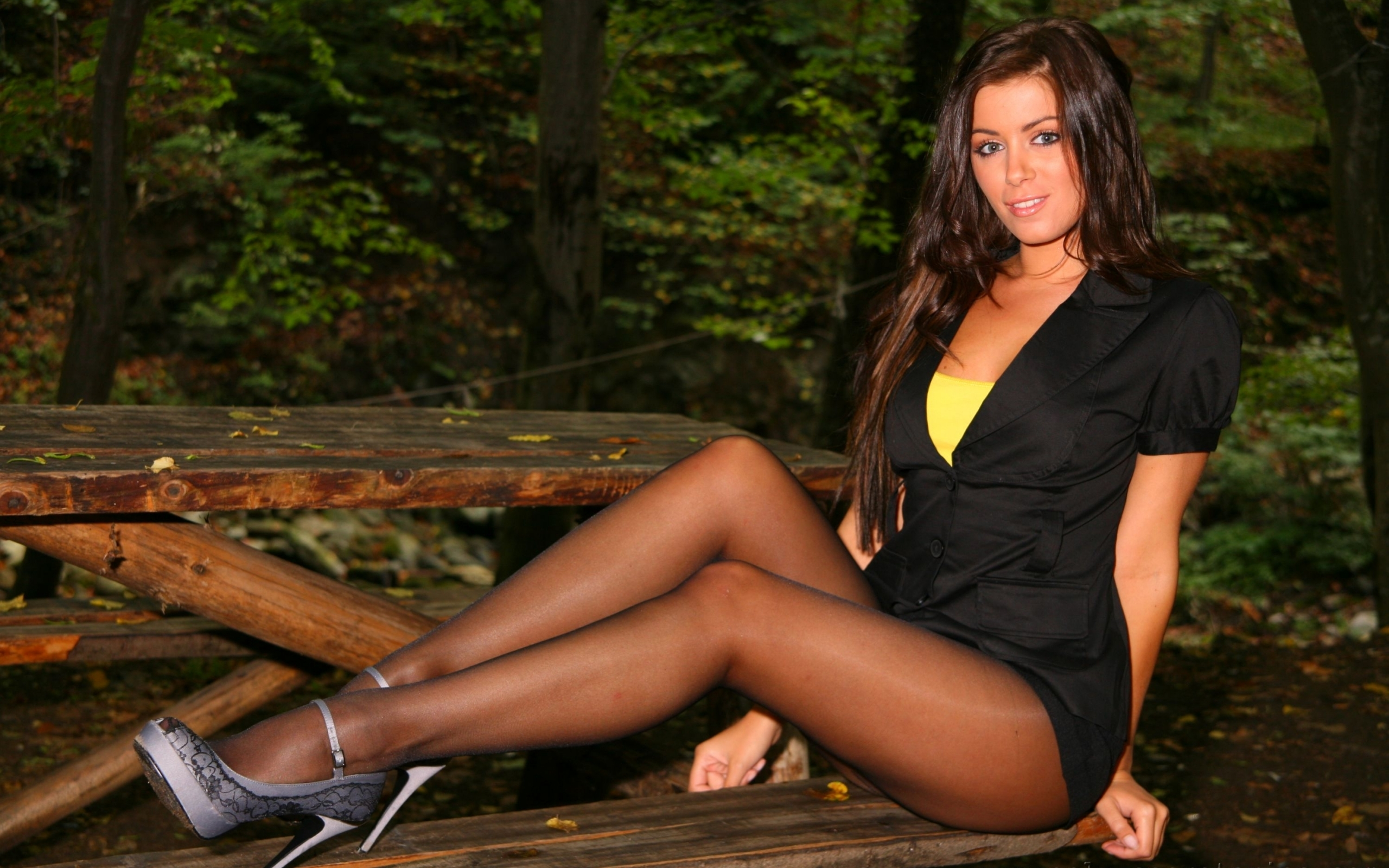 Girls and crissy moran office pantyhose SUPER BRAVO