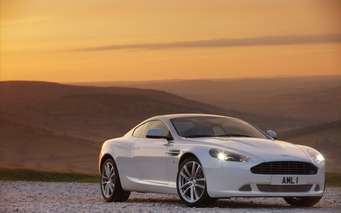 Nice Photo Of Aston Martin DBS, Desktop Wallpaper Of White
