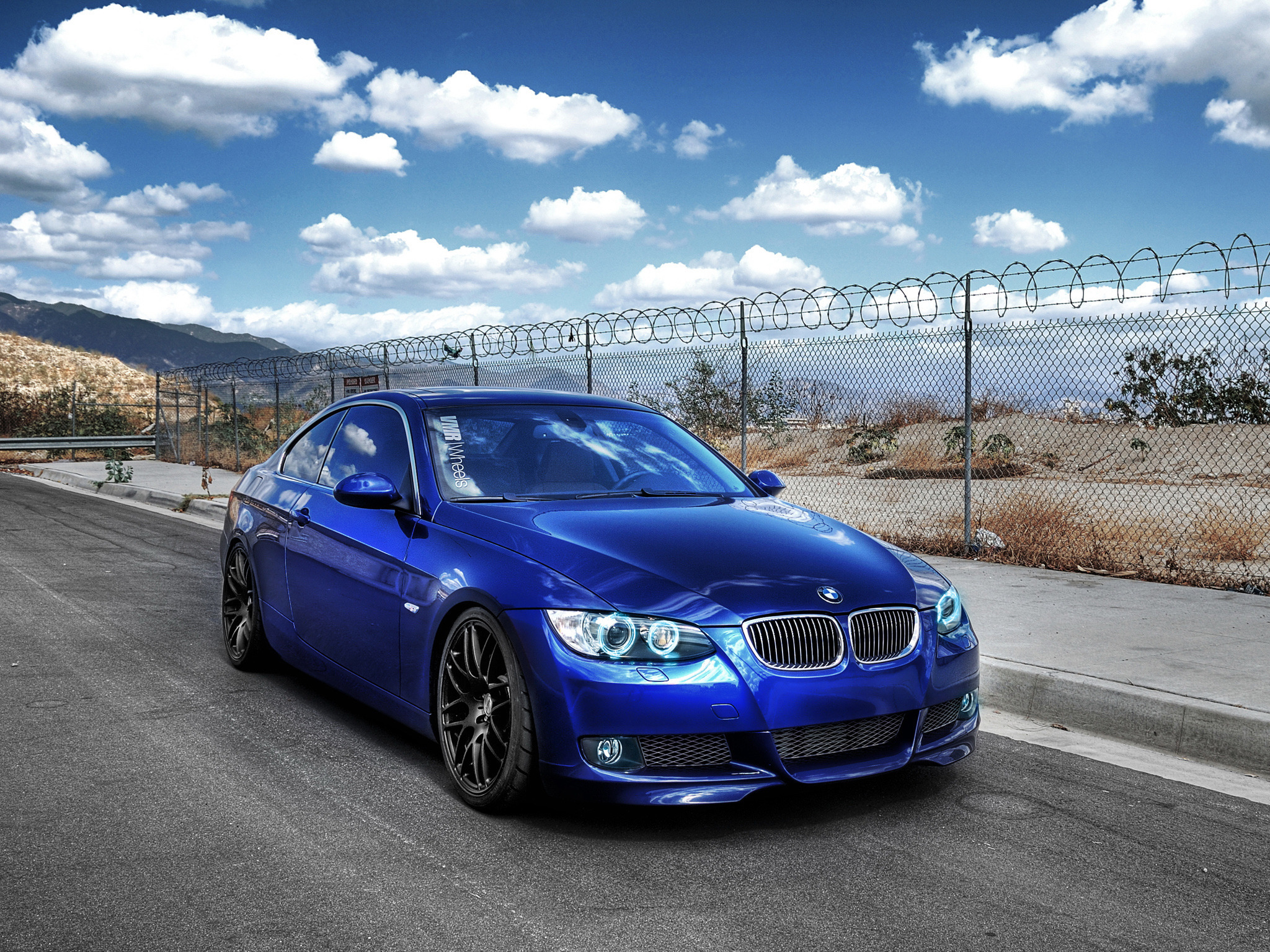 High quality photo of BMW, desktop wallpaper of cars ...
