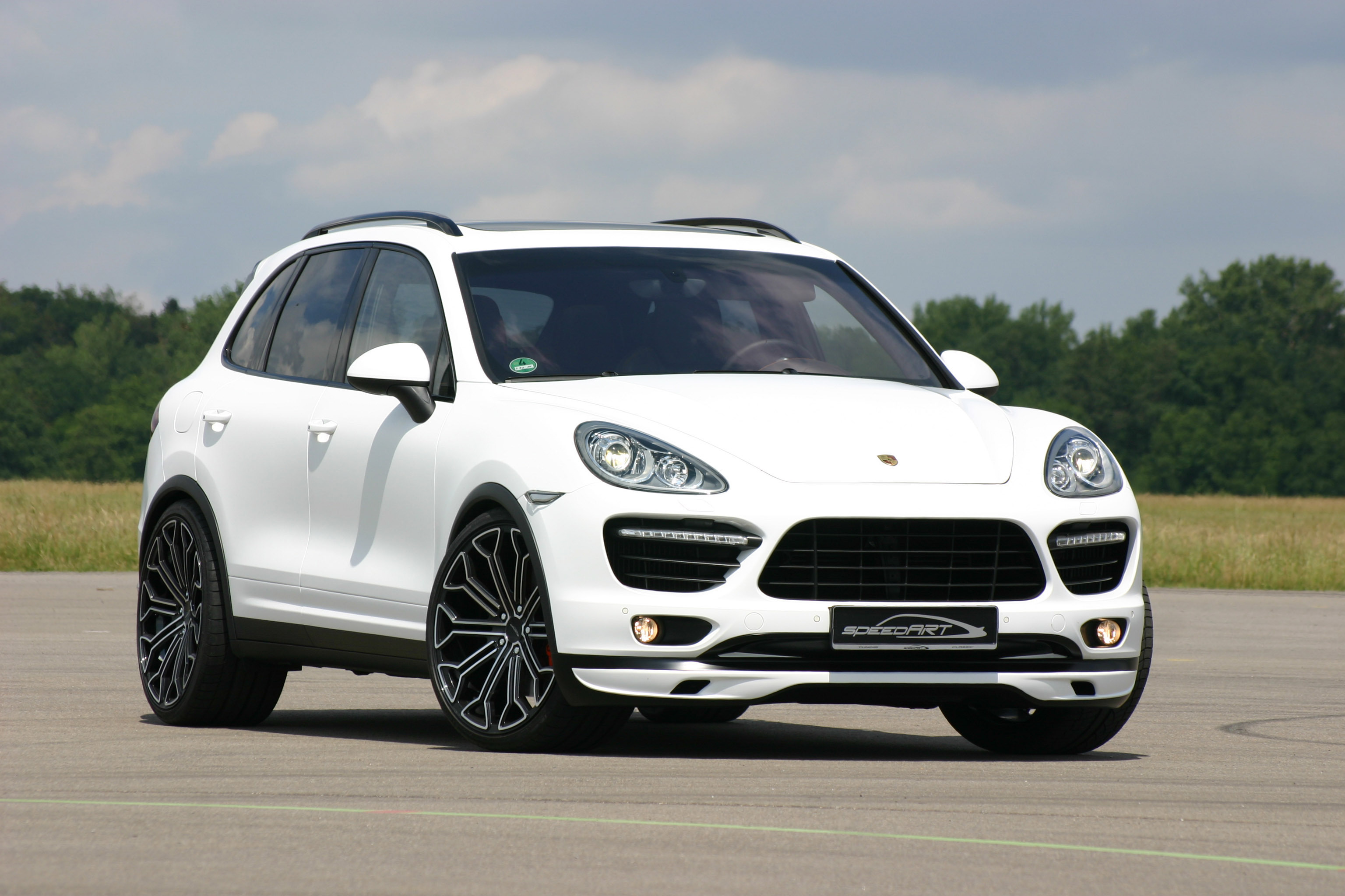 nice picture of porsche cayenne wallpaper of speedart tuning. Black Bedroom Furniture Sets. Home Design Ideas