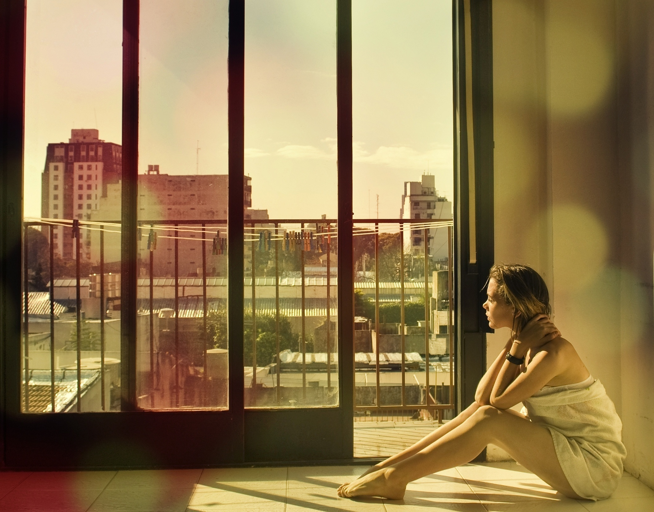 High definition image of girl photo of balcony sun for Definition of a balcony