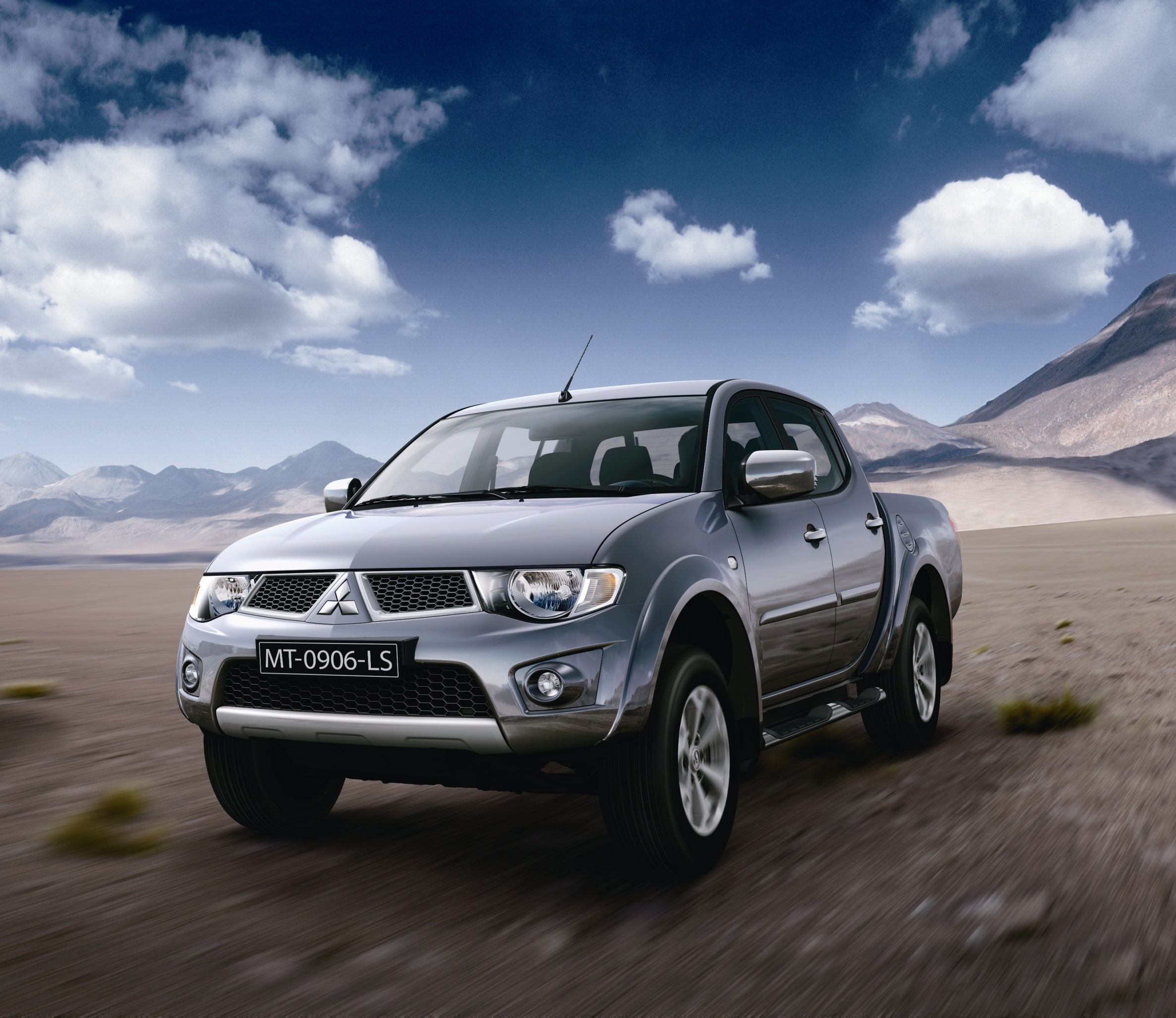 Mitsubishi Car Wallpaper: High Quality Picture Of Mitsubishi L200, Wallpaper Of Cars