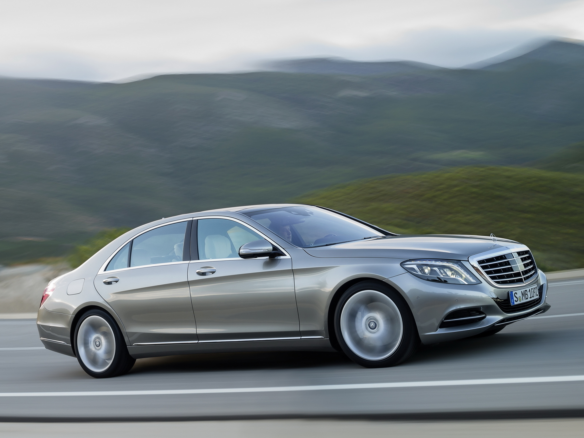Cool image of mercedes benz s 400 wallpaper of hybrid for Mercedes benz car names