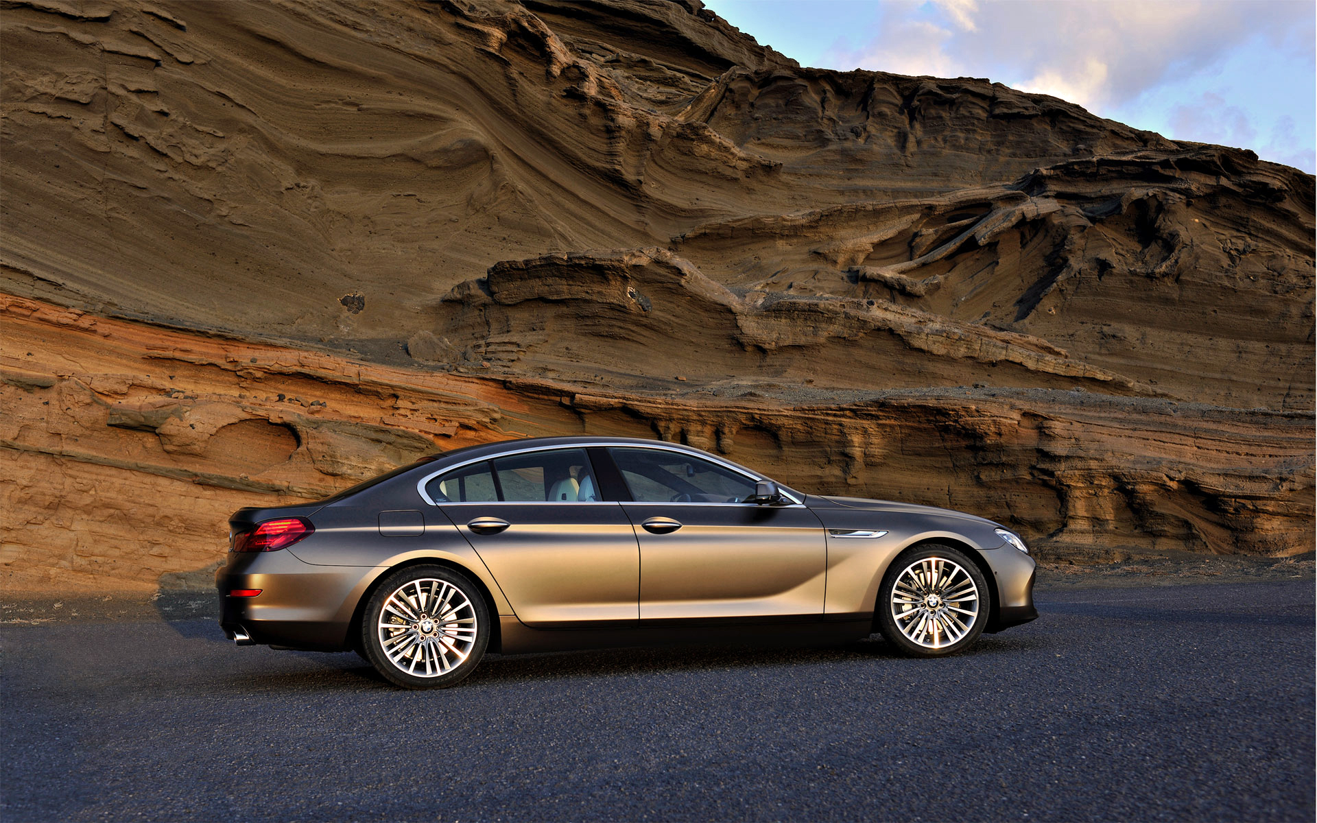 High resolution desktop wallpaper of BMW, picture of 6 ...